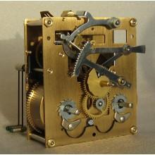 Väggursverk P231 mm. Grundutförande.